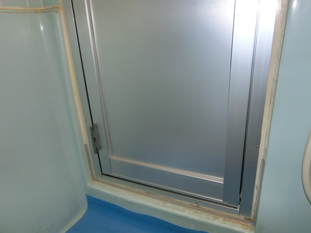 木製浴室ドアをアルミドアへ取替工事 施工事例 名古屋