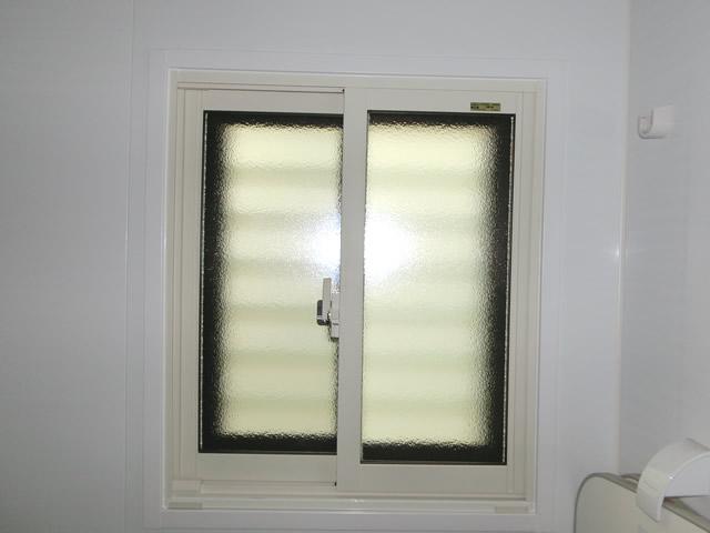 浴室窓に内窓インプラス 施工例 断熱対策 目隠し対策 大府市