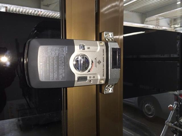 事務所入口ドアの防犯対策 電池錠取付工事 施工例 名古屋