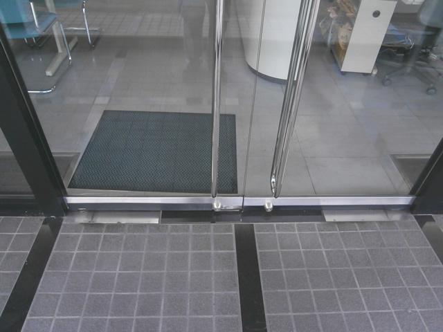 テンパドアの開閉不具合 修理、交換 施工事例 津島市