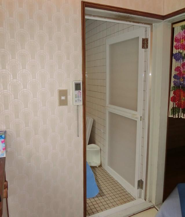 浴室中折れドア取替工事 施工事例 名古屋市守山区