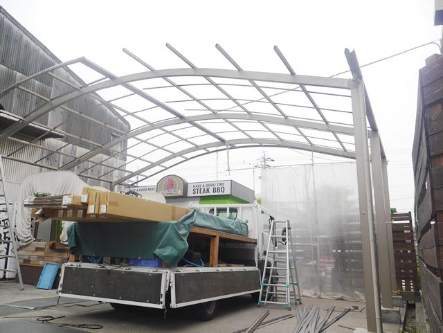 名古屋市緑区 カーポート【三協立山 セルフィ】の取替工事 工事中