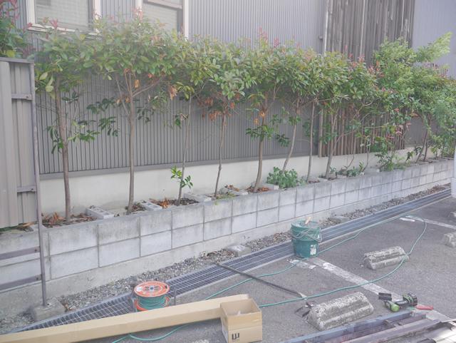東海市 K様邸 目隠しフェンス【三協 ニューアイシャノン2型】施工中