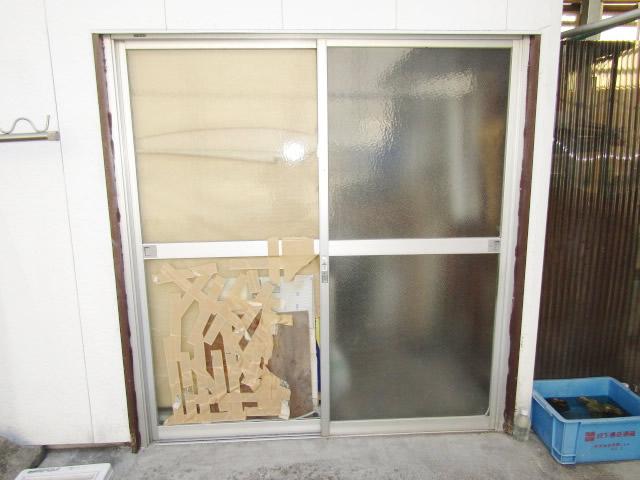 名古屋市港区 K様邸 引違いサッシのガラス割れ 修理工事 施工前