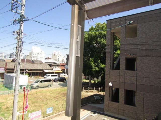 名古屋市中川区 屋外物干し 上下可動タイプ 取付工事 施工中