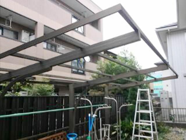 名古屋市西区 カーポート 波板屋根 張替工事 施工中