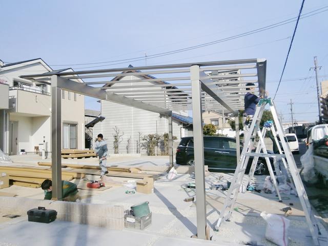 名古屋市港区 三協立山 カーポート、跳ね上げゲート、門扉 新設工事 施工中