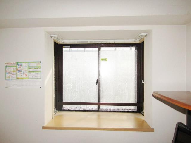 名古屋市名東区 出窓 内窓インプラス 引違い窓 シングルガラス5mm  施工前