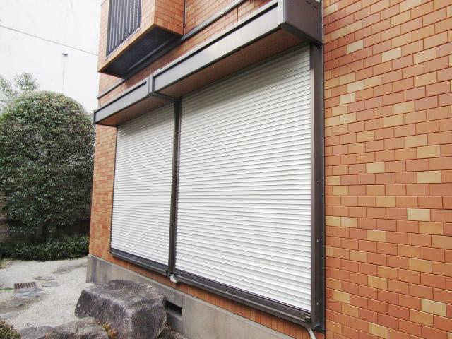 名古屋市昭和区 手動窓シャッター電動化工事 ソムフィキット 施工後
