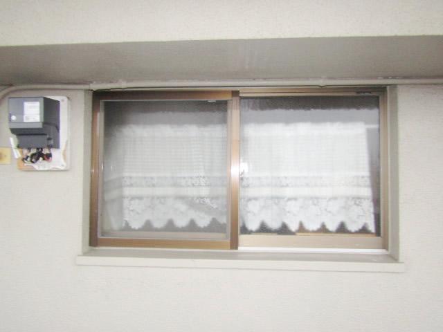 名古屋市天白区 縦面格子 カチコミブラケット ブロンズ 施工前