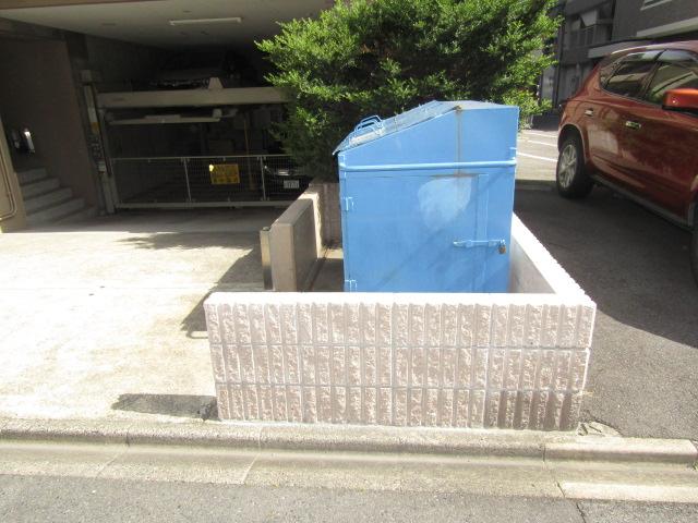 名古屋市中区 マンション ゴミ置場 撤去・新設工事 CB積み工事