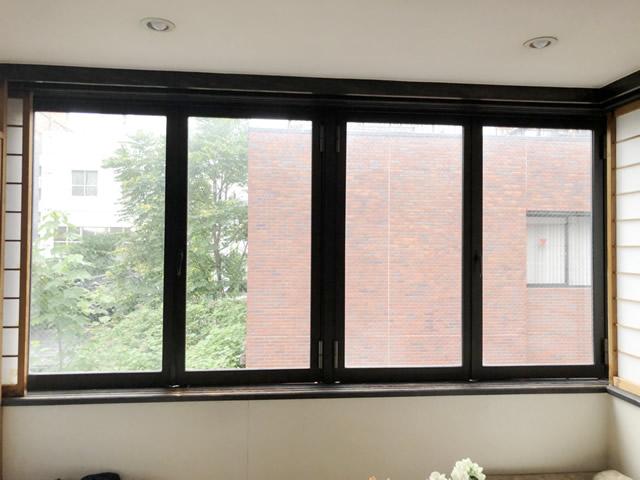 名古屋市西区 開き窓→引違い窓へ取替 手摺り取付 施工前