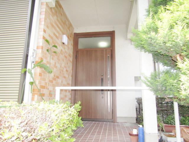 名古屋市緑区 リクシル リシェント玄関ドア 親子ランマ付 M17型 取替工事 施工後