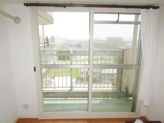 清須市 リクシル インプラス 引違い窓2枚建て ペアガラス3mm+5mm ホワイト 施工後