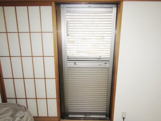 名古屋市瑞穂区 不二サッシ エコシリーズ エコ雨戸 下鍵付き ステングレー 施工後