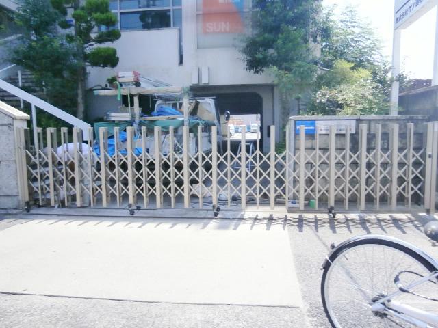 名古屋市昭和区 リクシル アルシャインⅡ H型Aタイプ 片開き ノンレールタイプ 施工後