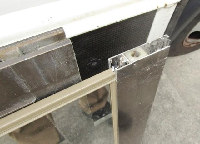名古屋市西区 真空ガラス スペーシア 日本板硝子製 取り替え工事 施工中