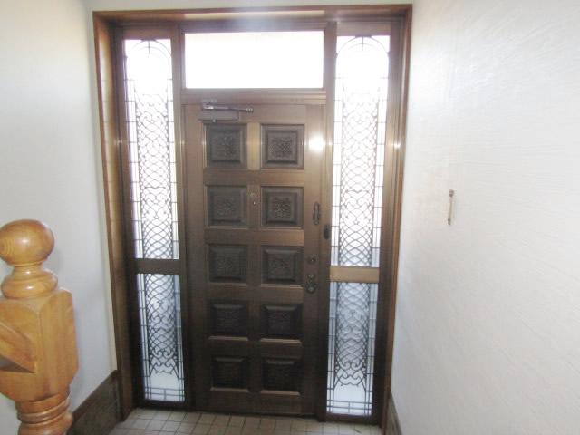 名古屋市港区 リクシル リシェント玄関ドア カバー工法 施工前