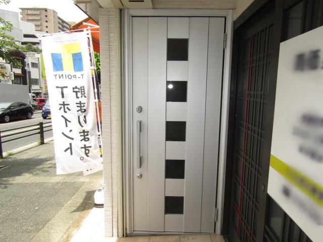 名古屋市昭和区 玄関扉取り替え クリエラガラスドア 防犯ラミレックス30 施工前