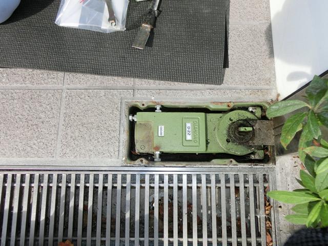事務所入口ドア取替工事 ステンレス框ドア 施工例 名古屋