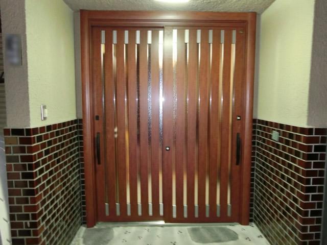 玄関引戸のリフォーム工事 LIXILリシェント 施工事例 名古屋市港区