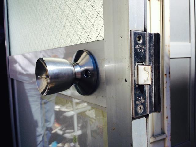 事務所の入口ドアの錠前取替工事 施工事例 名古屋市天白区