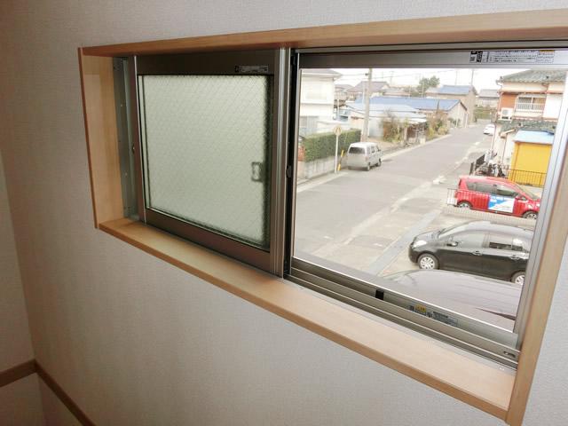 新築一戸建て住宅の網戸取付工事 YKK網戸 名古屋市港区