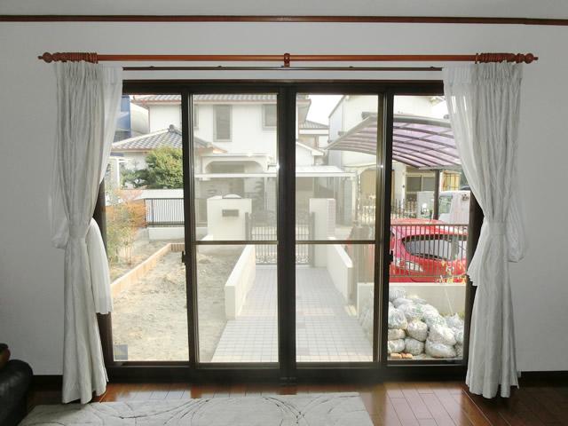窓の寒さ対策 防犯対策にも LIXIL内窓インプラス<1> 名古屋市守山区