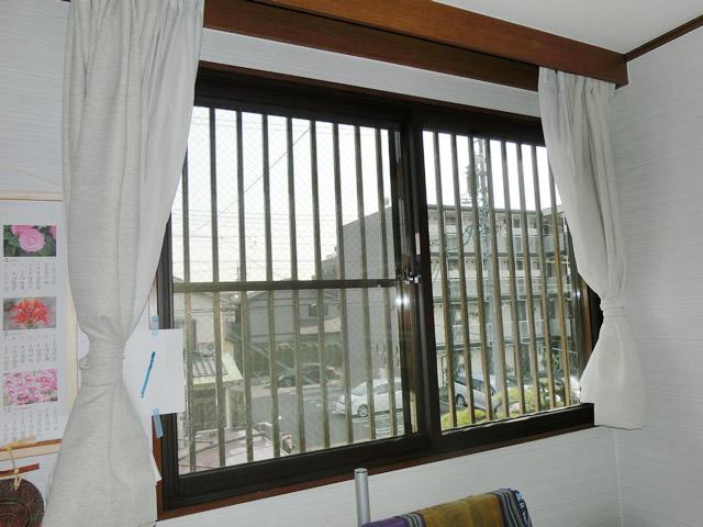 窓の寒さ対策 防犯対策にも LIXIL内窓インプラス<2> 名古屋市守山区