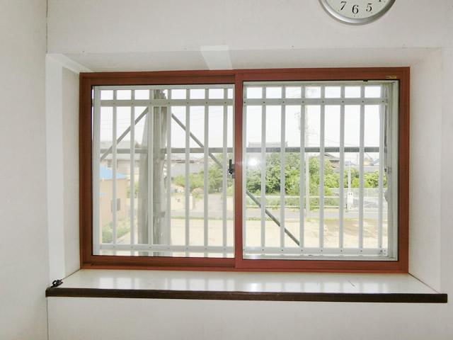 出窓の結露対策<2> LIXIL内窓インプラス工事 一宮市