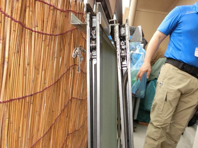 サッシの戸車修理、交換 サッシの動きが悪い 名古屋市南区