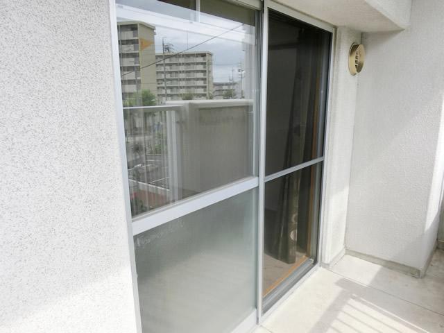 ベランダ掃出し窓用網戸 名古屋市港区
