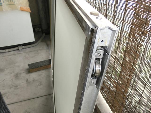 サッシの戸車交換工事 東海市