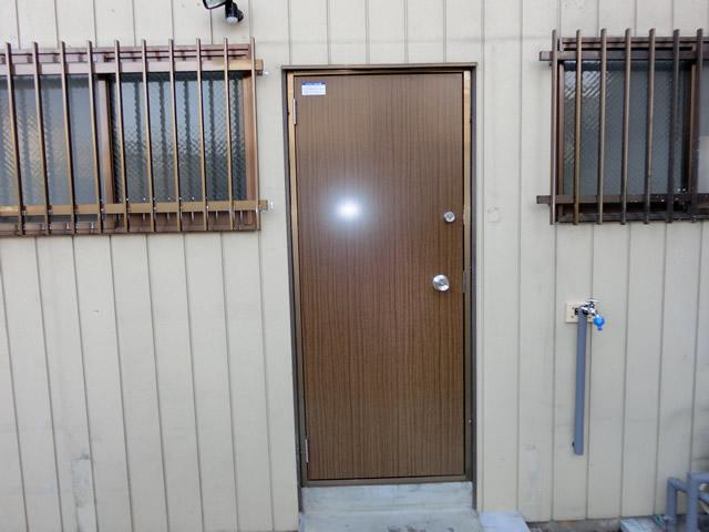勝手口ドア取替工事 1ドア2ロック 名古屋市名東区