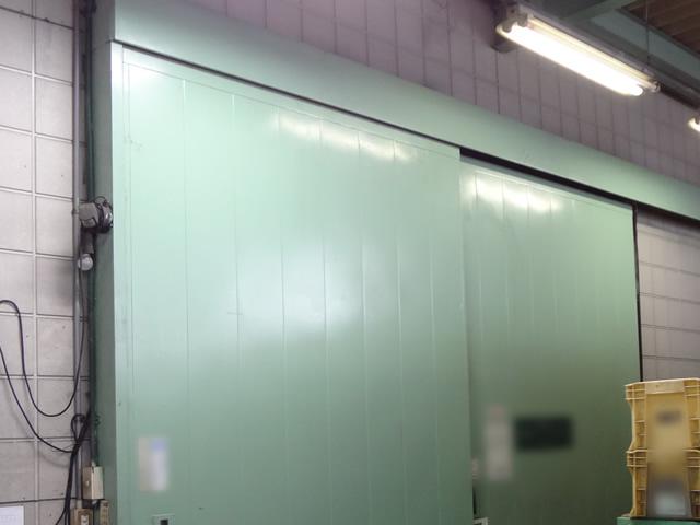 倉庫ハンガードア吊車修理、交換 津島市