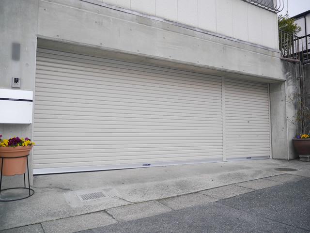 ガレージシャッター取替工事 電動シャッター+手動シャッター 名古屋市緑区