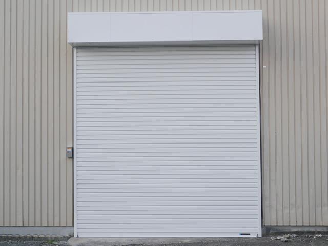 倉庫の軽量電動シャッター取替工事 名古屋市熱田区
