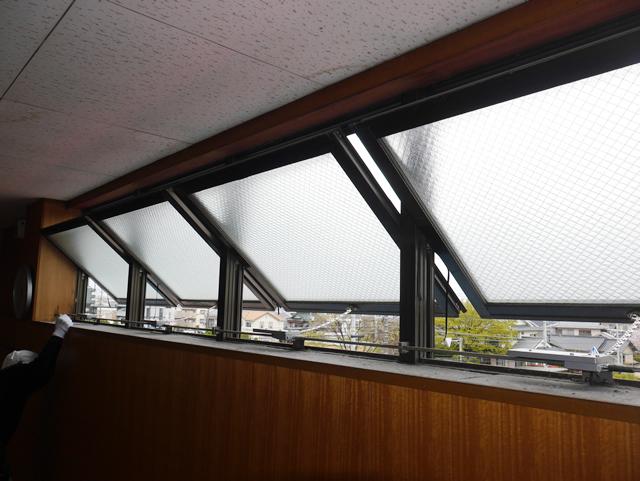 排煙窓のオペレーター装置取替工事 長久手市